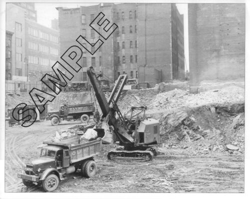 MACK 1940s Model FW Dumpers & NORTHWEST 80-D, OLYMPIC Contrg Corp NYC 8x10 Photo