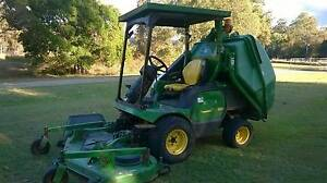 JOHN DEERE 1565 FRONT DECK RIDE ON MOWER WITH THE LOT 6FT DECK Brisbane City Brisbane North West Preview