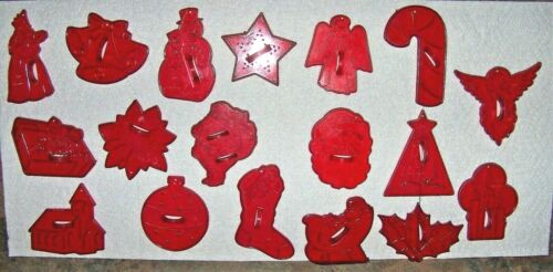 18 vintage Red Plastic HRM Crown COOKIE CUTTERS Holiday Christmas