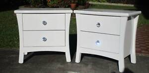 REFURBISHED 2 X 2 DRAWERS LARGE BEDSIDE TABLES GLOSS WHITE