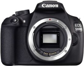 Canon 1200D body with battery and charger