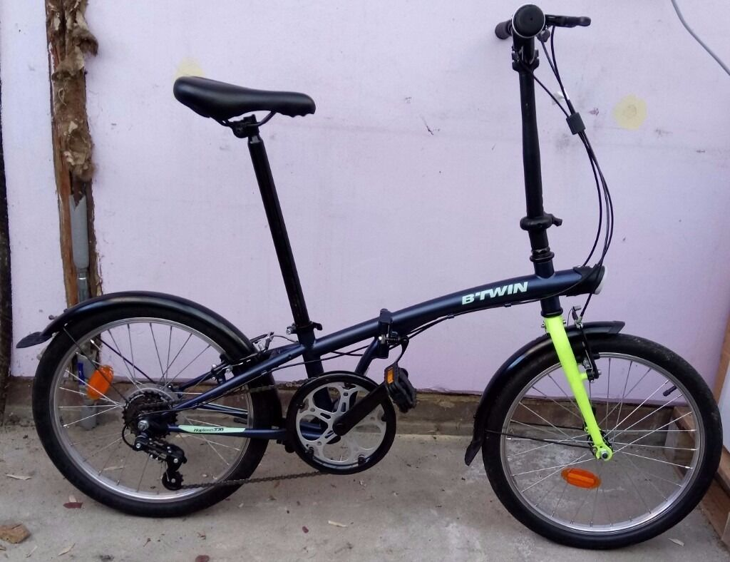 btwin hoptown 320 folding bike from decathlon with accessories in coulsdon london gumtree. Black Bedroom Furniture Sets. Home Design Ideas