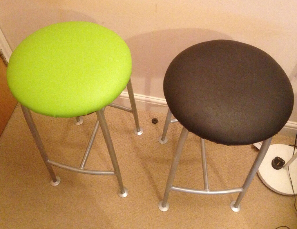 2 X foot stool black and green design by Ness company Made in UK