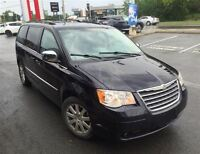 2010 Chrysler Town & Country Touring Stow 'N Go * 2 DVD * A/C 3