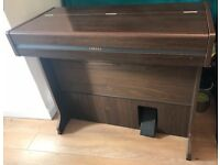 YAMAHA ELECTRIC PIANO FOR SALE