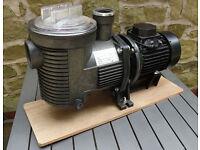 3/4HP External Pond Pump - Unused