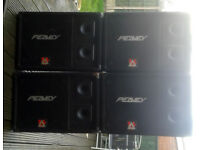SET OF 4 PEAVEY FLOOR STAGE MONITORS, & LEADS.