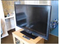 """LG 32"""" Full HD Tv with Freeview Hdmi usb excellent condition"""