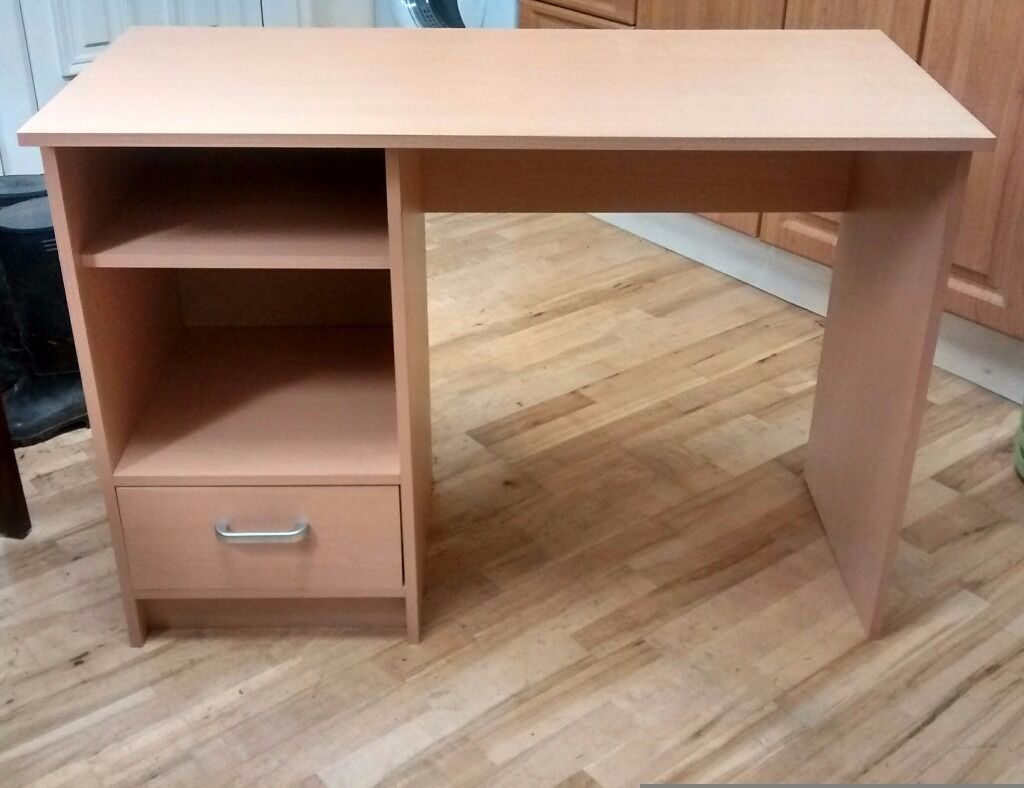 Computer desk/dressing table