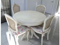 DINING TABLE AND 4 CHAIRS in immaculate condition