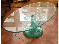 Glass spiral table