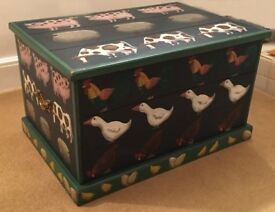 Emma Stubbs Hunk Hand Painted Blanket Chest 1991 - Dark Green with Farmyard Animals.