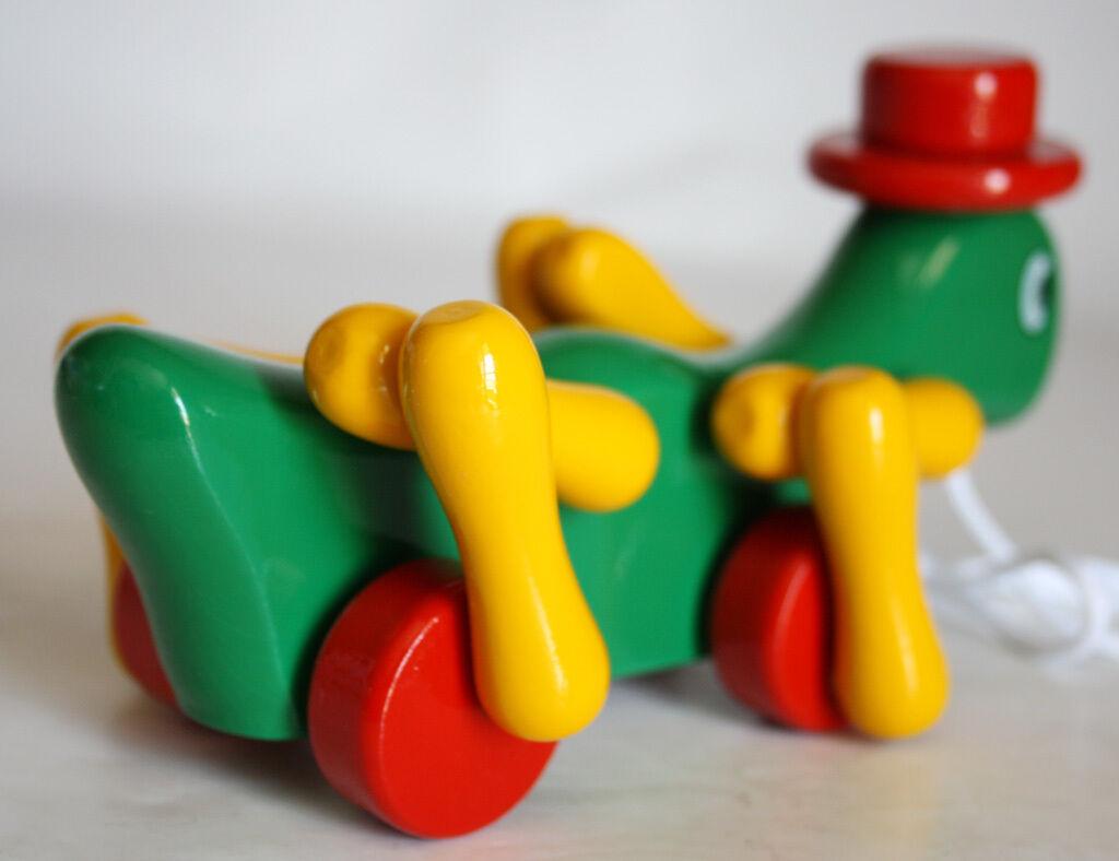 Kouvalias Wooden Toys ~ Very rare vintage kouvalias cricket wooden greek pull toy