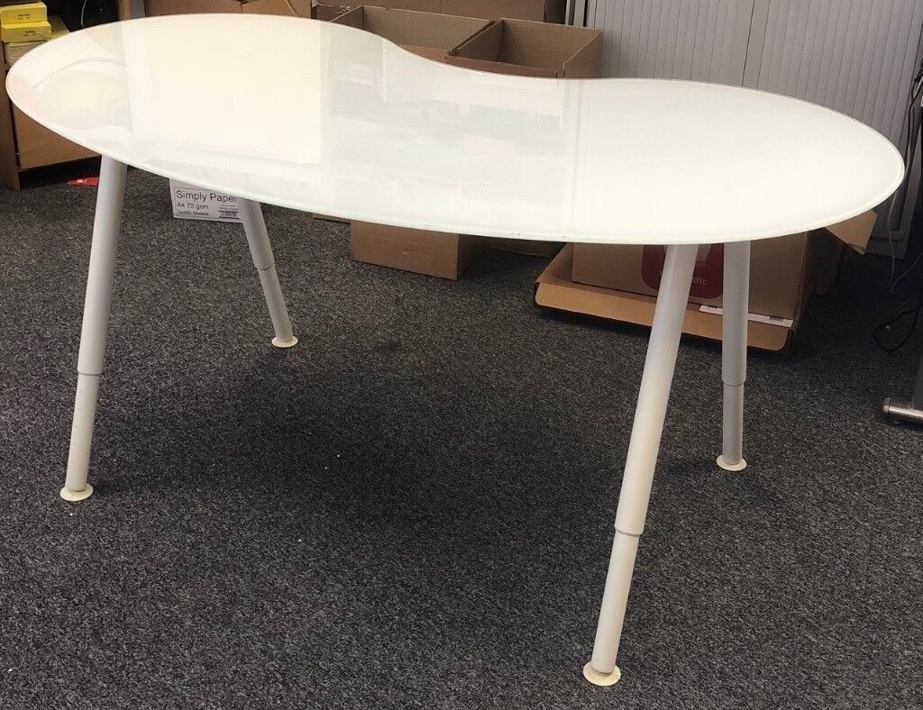 Ikea Gl Kidney Shaped Computer Desk For Office 4 Available
