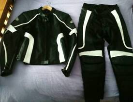 Beautiful Size 10 Hein Gericke Ladies Motorcycle Jacket and Trousers-in fantastic condition