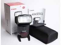 Canon 430 EXII speedlite camera flash