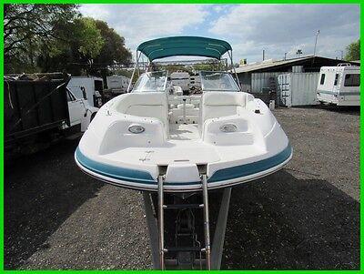 2004 VECTRA 241 deck boat