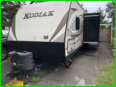 2015 Dutchmen Kodiak 300BHSL Travel Trailer,36',Sleeps 10,Kitchen,OutsideKitchen