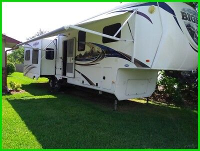 2011 Heartland Bighorn BH 3610RE,Fifth Wheel,38',Sleeps 4,4 Slides,Fully Loaded