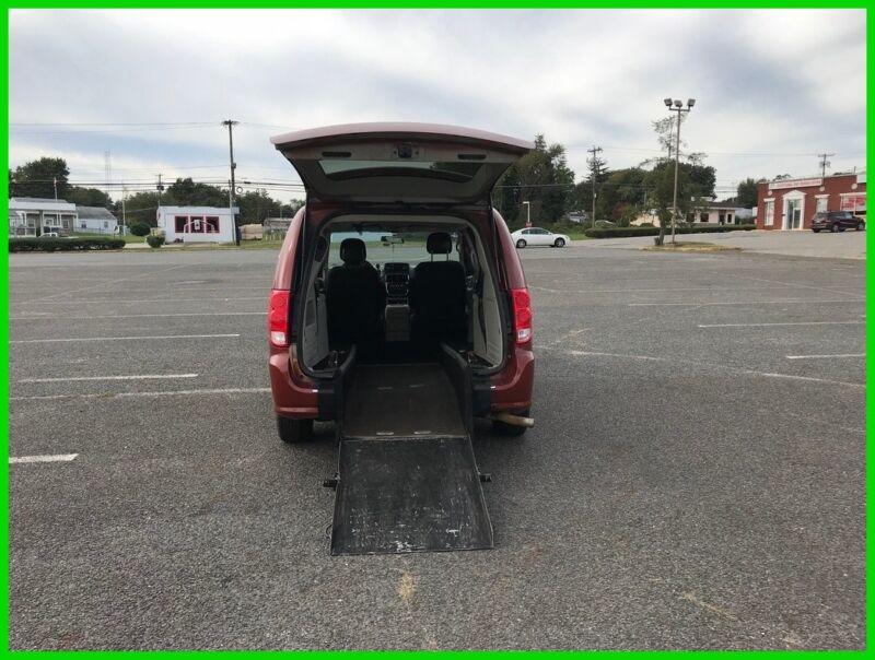Image 1 Accidentée Dodge Grand Caravan 2012
