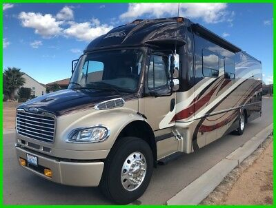 2014 Dynamax DX3 37BH HD 39' Class C Diesel Motorhome 2 Slide Outs Awning 2 AC's