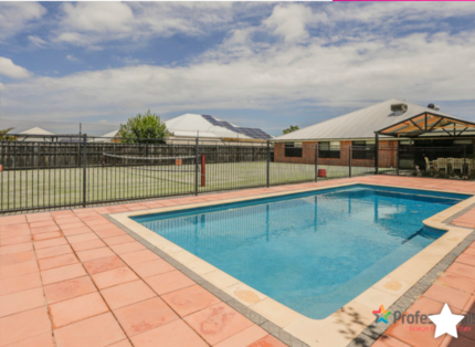 House for sale. Tennis anyone? Ellenbrook   HOME OPEN 19/11  12pm