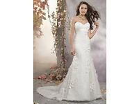 Brand New With Tags Alfred Angelo 2380 White Wedding Dress Size 12