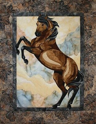 The Guardian Toni Whitney Horse Fusible Applique Quilt Pattern