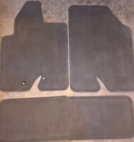 Ford Escape floor mats in new condition