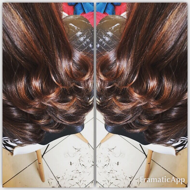 MOBILE HAIRSTYLIST GLASGOW