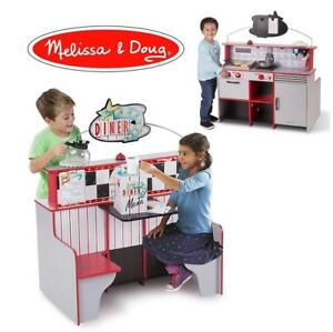 NEW DINER RESTRAUNT/KITCHEN PLAYSET 3951 189492663 MELISSA DOUG WOODEN DOUBLE SIDED PLAY SPACE