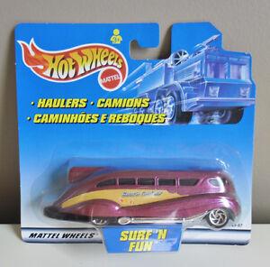 Hot Wheels Haulers Surf 'n Fun Beach Cruiser Die-cast