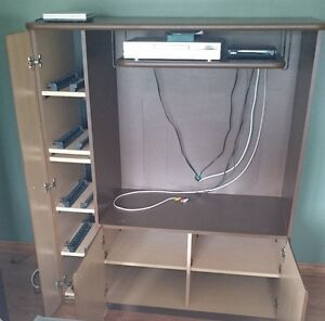 TV Stand and 2 book shelves Windsor Region Ontario image 4