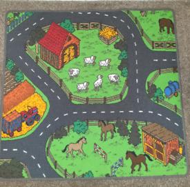 Animal car play mat