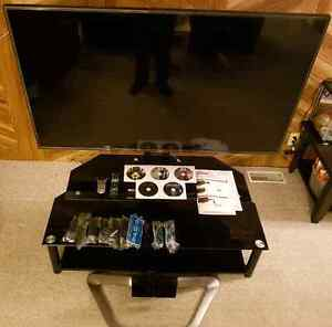 """55"""" LG HD WIRELESS 3D SMART TV $700.00 TAKES THE TV & TV STAND"""