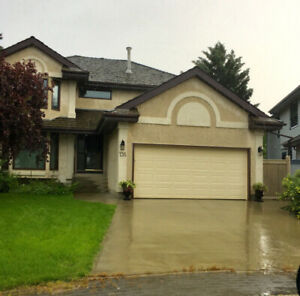 Locations!!! west end Oleskiw country club 4+bedroom house rent