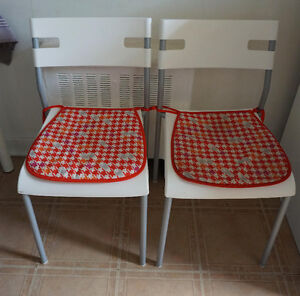 2 Chaises Ikéa blanches