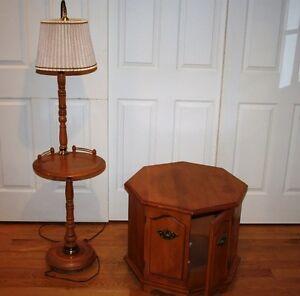 Tables de salon et lampe assortie