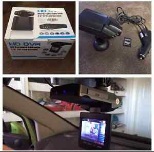 New car dash cam video recorder with monitor