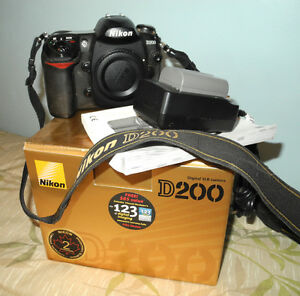 Nikon D200 with lots of extras