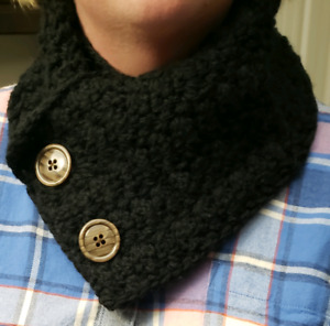 Crocheted puff stitched black cowl