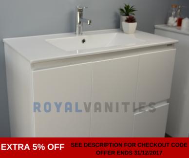 Bathroom Vanity Gloss White Ceramic - 900