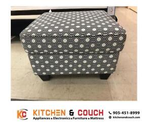 STORAGE BENCHES ON SALE (KC28)