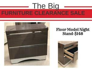 Big Floor Model Clearance Sale - Brown Chair on Sale (FM1)