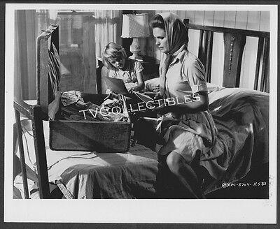 8x10 Photo~ BABY THE RAIN MUST FALL ~1965 ~Lee Remick ~Kimberly Block ()
