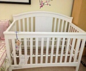 High quality solid wood Crib