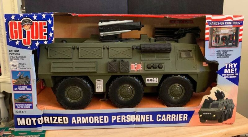 2003  GI JOE MOTORIZED Armored PERSONNEL CARRIER Green Version NEW