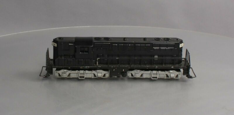 American Flyer 370 Vintage S GM GP7 Powered Diesel Locomotive- Overpainted
