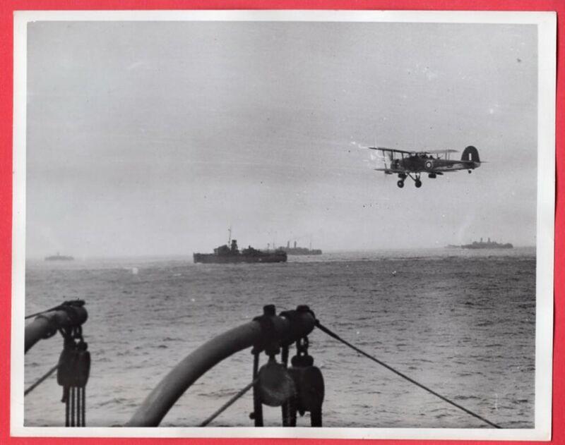 1942 British Swordfish on Convoy Duty Middle East 7x9 Original News Photo