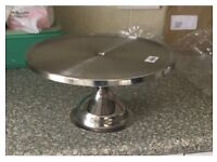 8 x Beautiful vintage cake stands